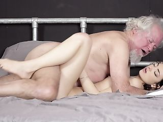 Amazing Daddy Daughter Family Old and Young Teen Ejaculation