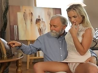 Amazing Blonde Daddy Daughter Family Old and Young