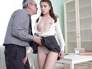 Amazing Daddy Daughter Old and Young Small Tits Teen