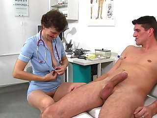 Family Doctor Mature Mom Old and Young Uniform